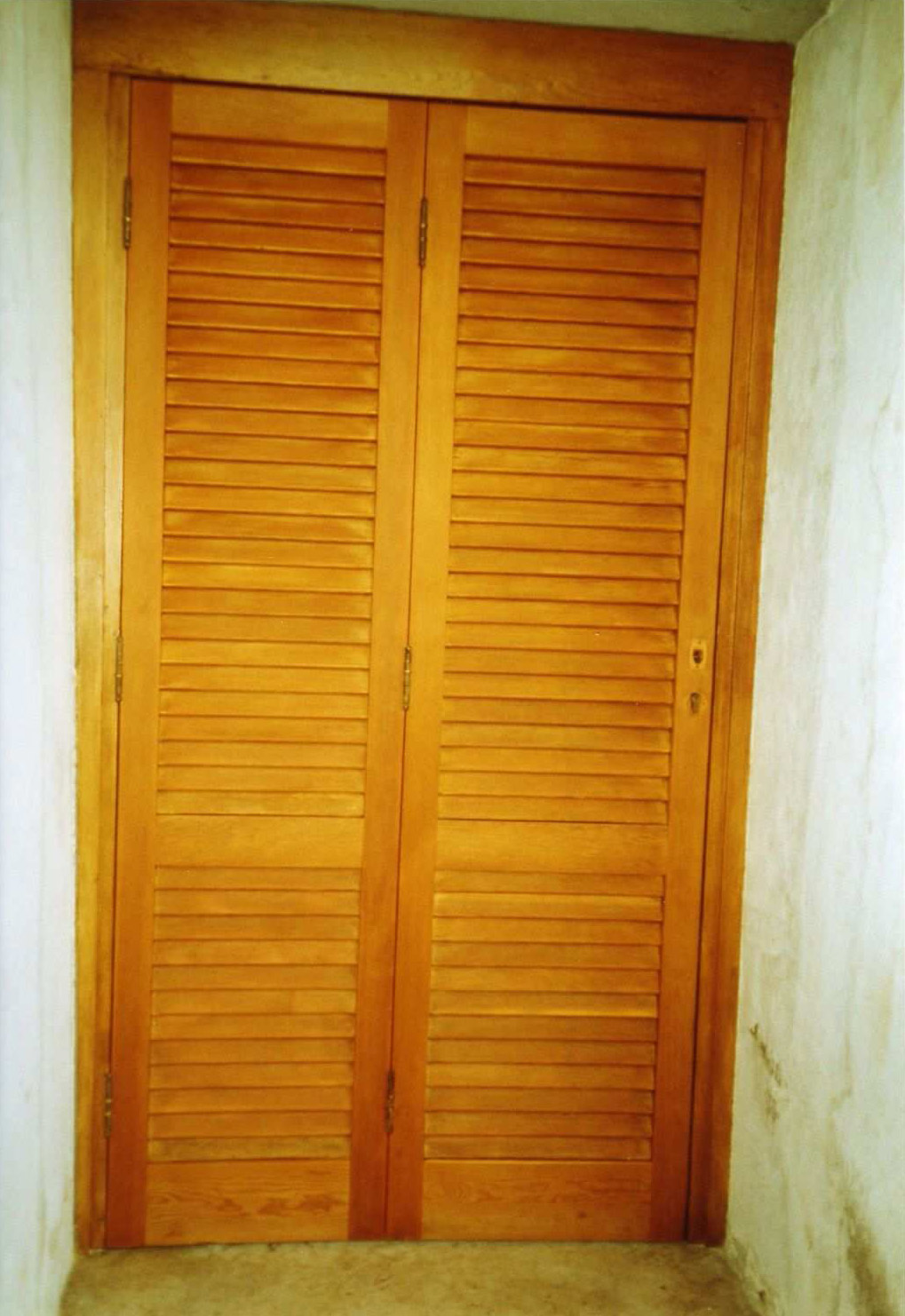 Restauro infissi in legno pisa grosseto arezzo - Restauro finestre in legno ...